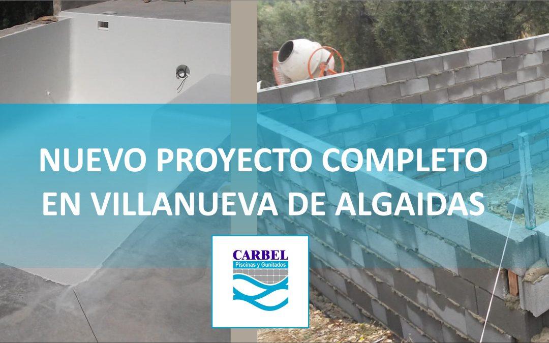 En Villanueva de Algaidas / / Piscina blanca