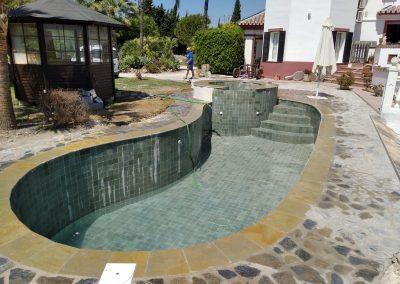 piscina Jacuzzi piscinas y gunitados carbel 1