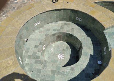 piscina Jacuzzi piscinas y gunitados carbel 3